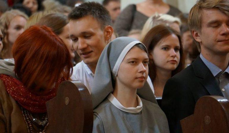 """Asmenybė. Elena Faustina Andrulytė """"Kiekvienas žmogus turi unikalų santykį su Dievu"""""""