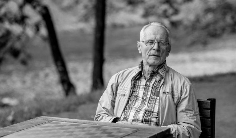 Fotomenininkas Algimantas Kunčius. Akių pasiklausk…