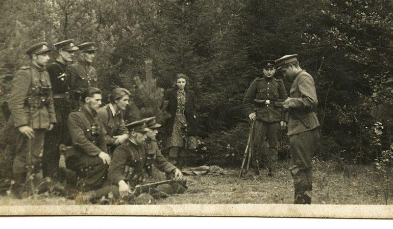 Partizanų Lietuva: fotografijų istorijos