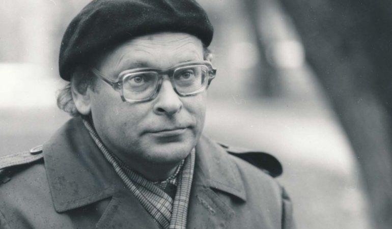 """""""Raudonų šermukšnių"""" poeto J. Strielkūno dešimtosios mirties metinės"""