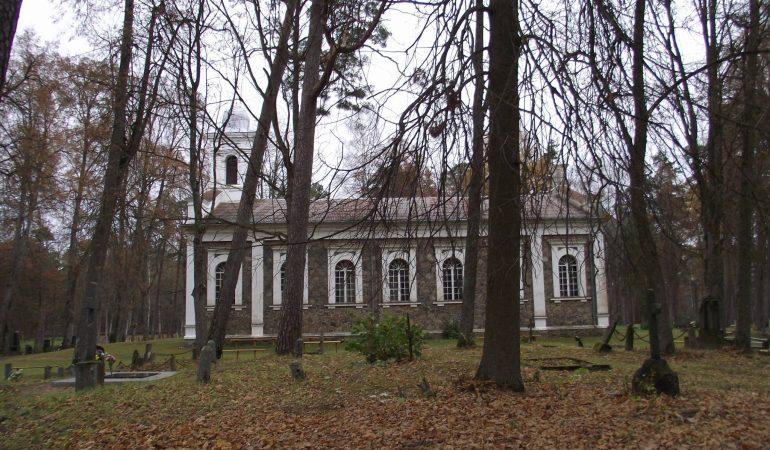 Alkiškių evangelikų liuteronų bažnyčia 2015 m. lapkritį