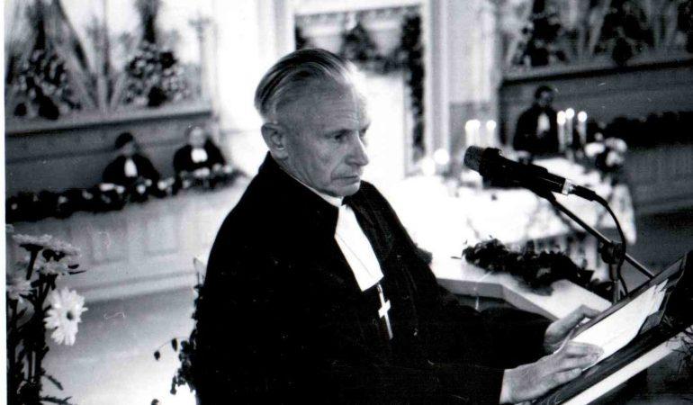 Prieš dešimt metų mirė šilutiškis kunigas Ernstas Roga